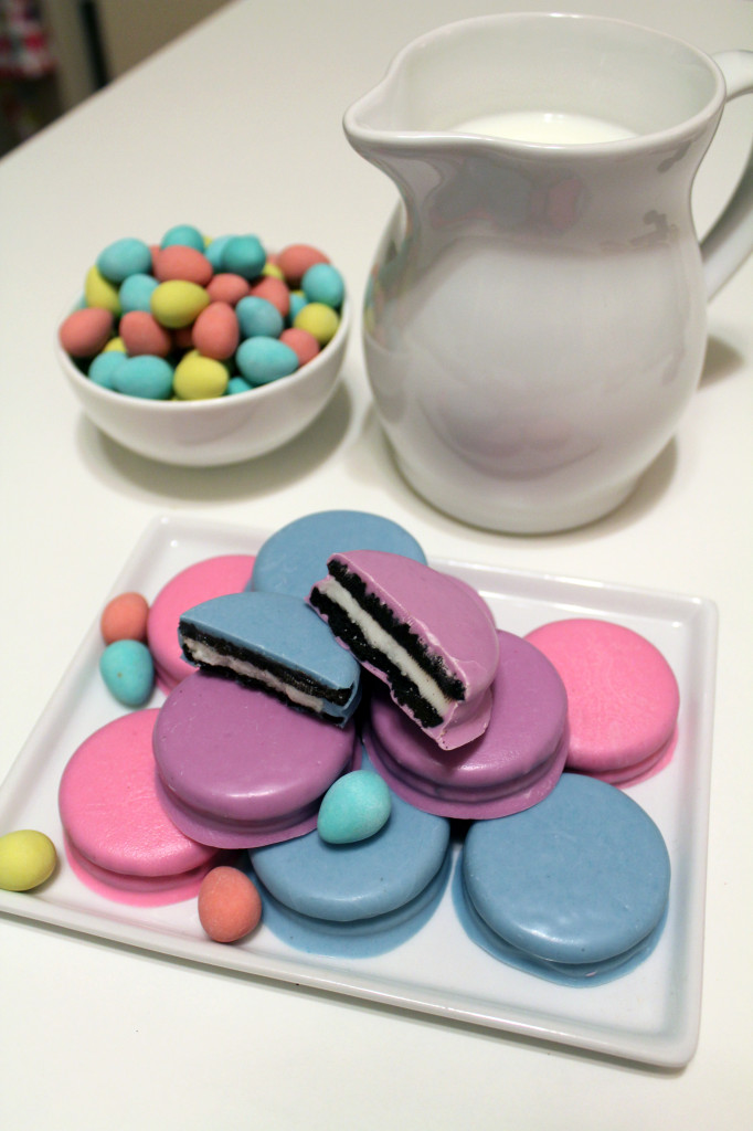 Oreos in pastel colours